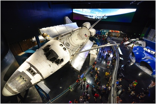 space shuttle at kennedy space centre visitor complex