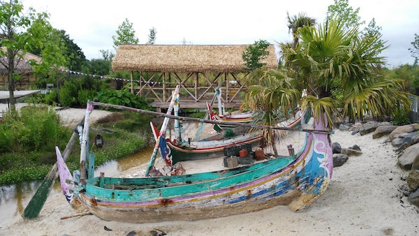 chester-zoo-indonesian-boats