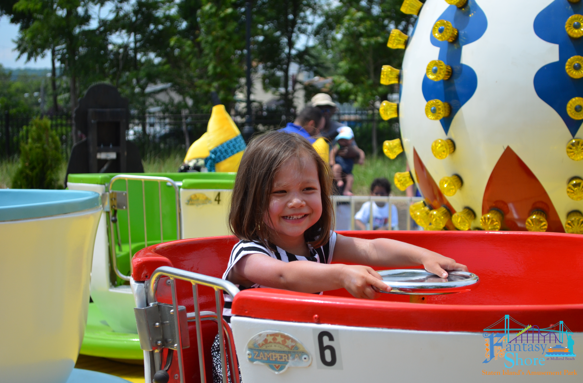 Teaside Seacups Ride Entertainments