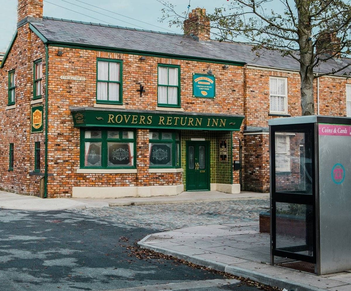 rovers face on coronation street tour continuum