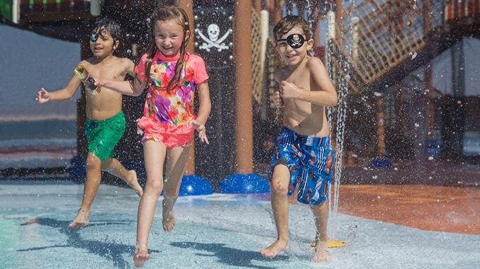 aquatic play DoubleTree by Hilton Resort & Spa Marjan Island