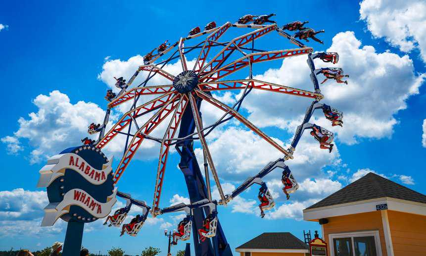 In fact, OWA represents another Stateside 'showroom' for the Italian manufacturer in much the same way as Luna Park at Coney Island. Most of the rides appear in Zamperla's standard designs, many with the company's chosen catalogue names.