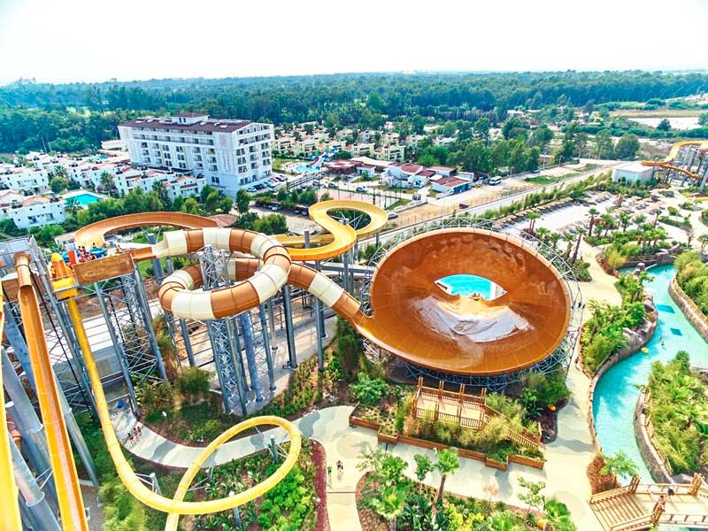 polin waterparks and Land of Legends receive WWA leading edge award