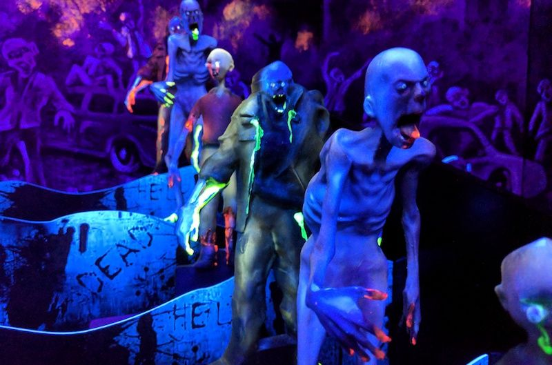 Zombies on the Elton Games booth ateuro attractions show eas berlin