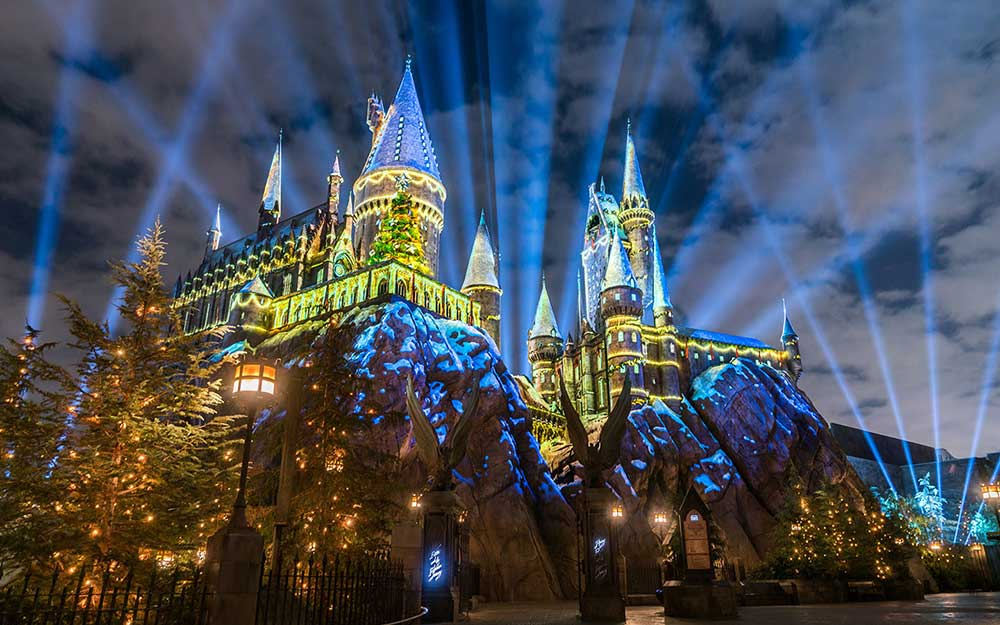 The Magic of Christmas at The Wizarding World of Harry Potter Universal Orlando Resort