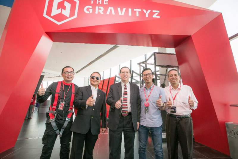 the gravityz team wearing kanopeo gear komtar penang