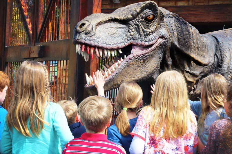 paultons park lost kingdom alive dinosaur encounter children