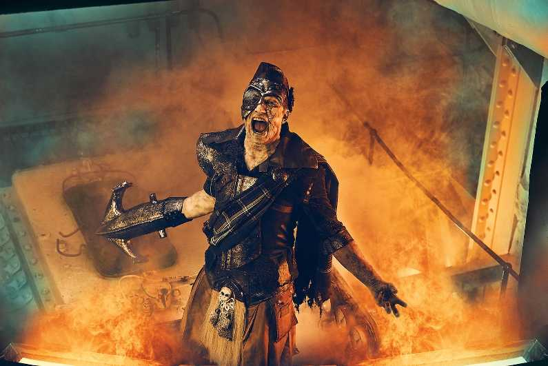 iron master at dark harbor halloween event aboard queen mary