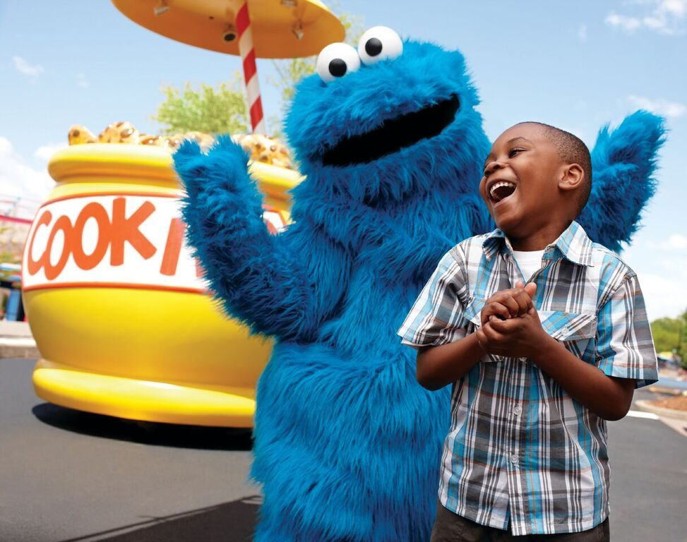 Coookie Monster with a guest Seaworld Orlando Sesame street