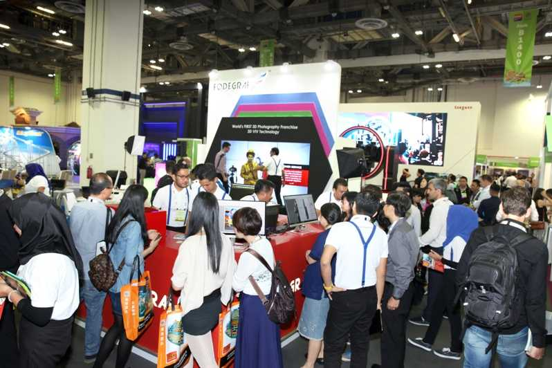 buyers at aae asian attractions expo
