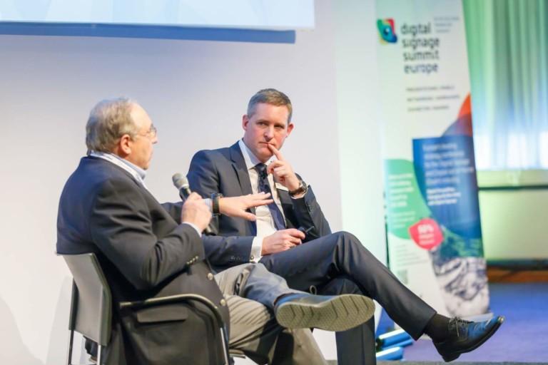 Presenters discuss digital storytelling at Digital Signage Summit DSS 2018
