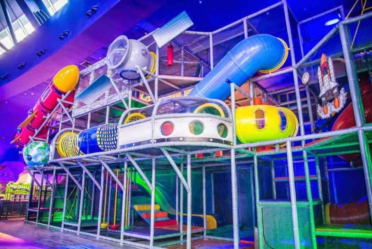 iplayco, childrens playground, softplay, FEC builders, play structure,s trampolines, Ninja courses, Family Entertainment Centre, TAG,