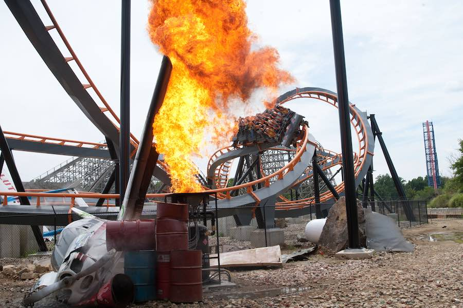Apocalypse-roller-coaster-at-six-flags-america
