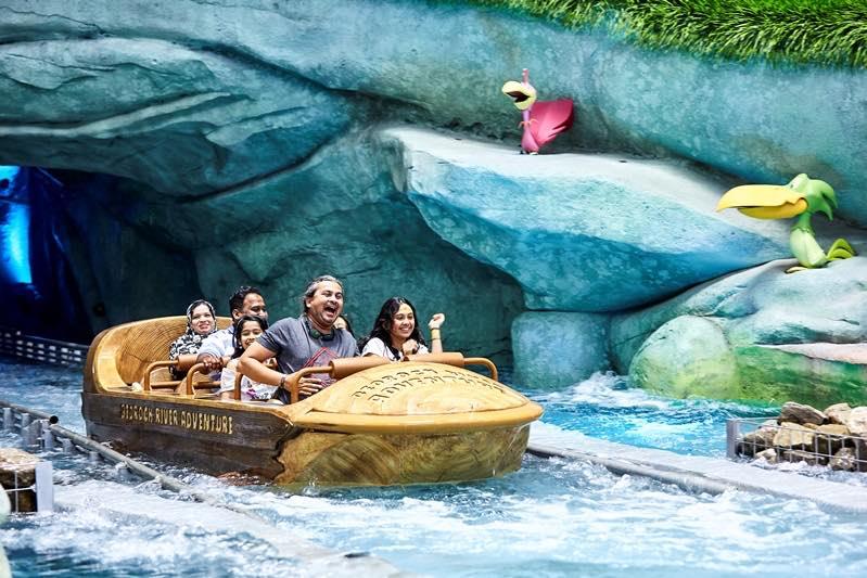 Bedrock-River-Adventure-Warner-Bros-World-Abu-Dhabi-a