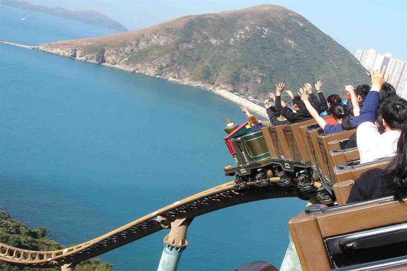 Ocean-Park-Hong-Kong-rollercoaster