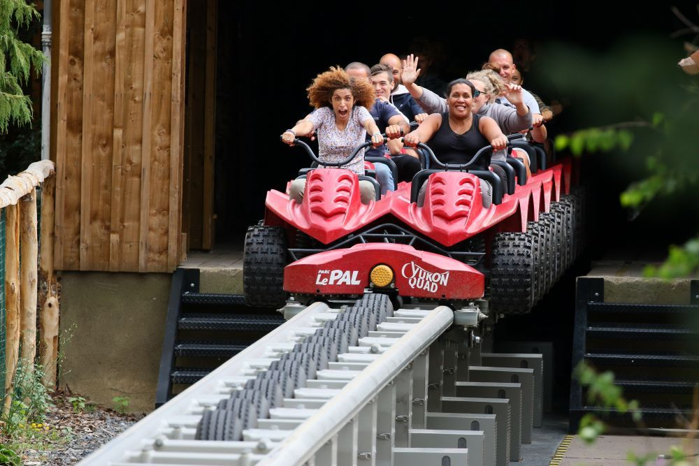 Yukon Quad Intamin roller coaster