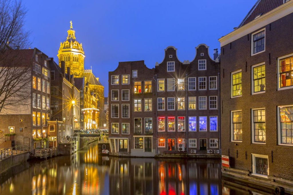 amsterdam AS night time EAS 2018 a