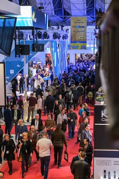 ISE-2019-Amsterdam-crowds