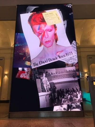 Aberdeen-Music-Hall_Steppin-in-Screen_Bowie