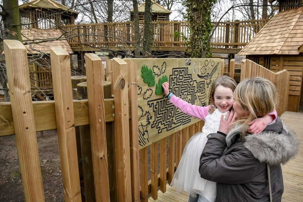 The-The-Sky-Maze-at-Fort-Douglas-Dalkeith-Country-Park-by-CAP.Co-is-better-tackled-together