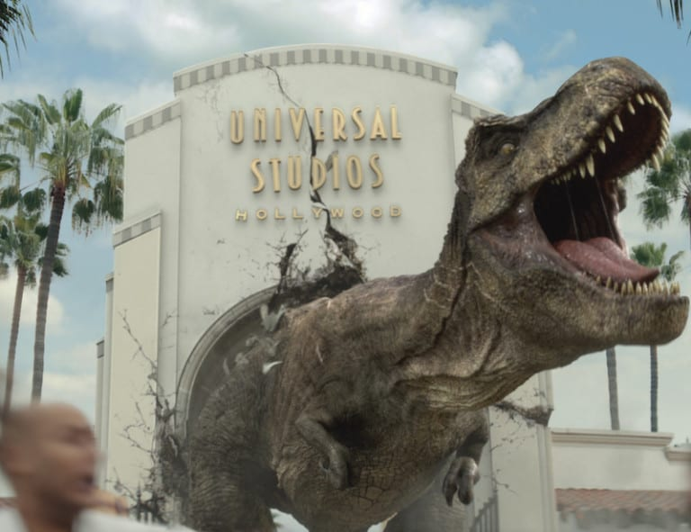 """JURASSIC WORLD's Iconic Tyrannosaurus rex and Mosasaurus Invade Universal Studios Hollywood in Dynamic New Ad Campaign, It Just Got Real, as Anticipation Builds for the New Mega Attraction, """"Jurassic World—The Ride,"""" Opening This Summer"""