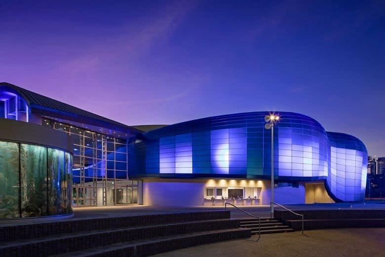 Aquarium-Exterior-with pacific visions-evening