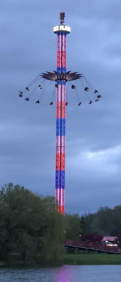 Six-Flags-Darien-Lake-SkyScreamer-tall