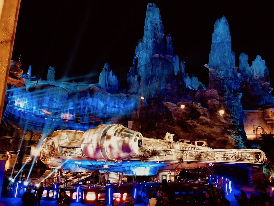 Millennium Falcon: Smugglers Run nighttim