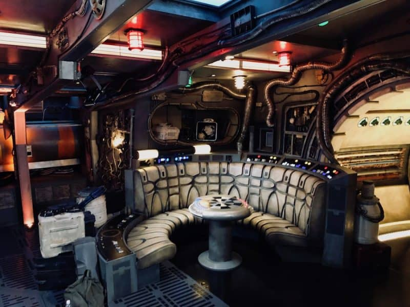 Millennium Falcon: Smugglers Run hold blooloop