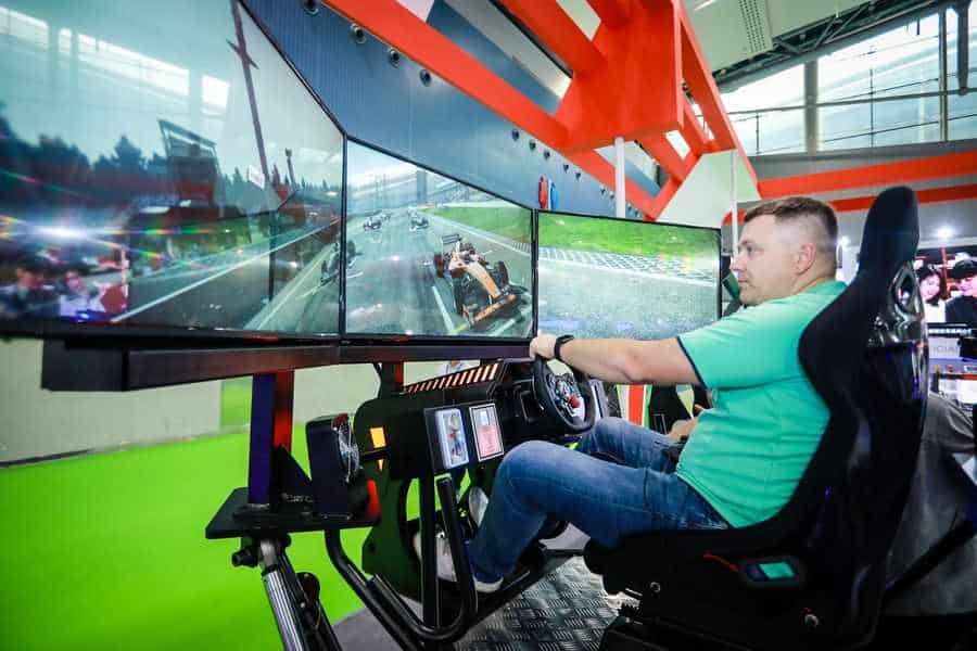 AAA 2019 Attendee on car racing simulation
