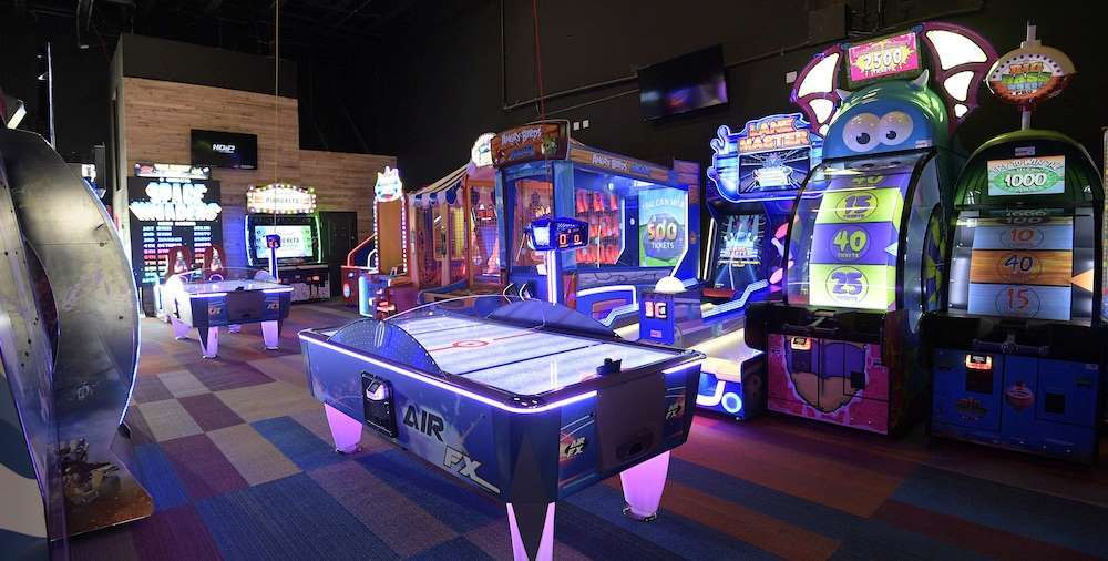 Embed arcade game