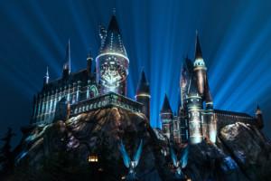 Nighttime lights at Hogwarts Castle, Universal