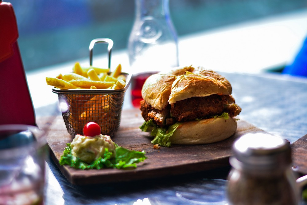 burger all-day dining pass