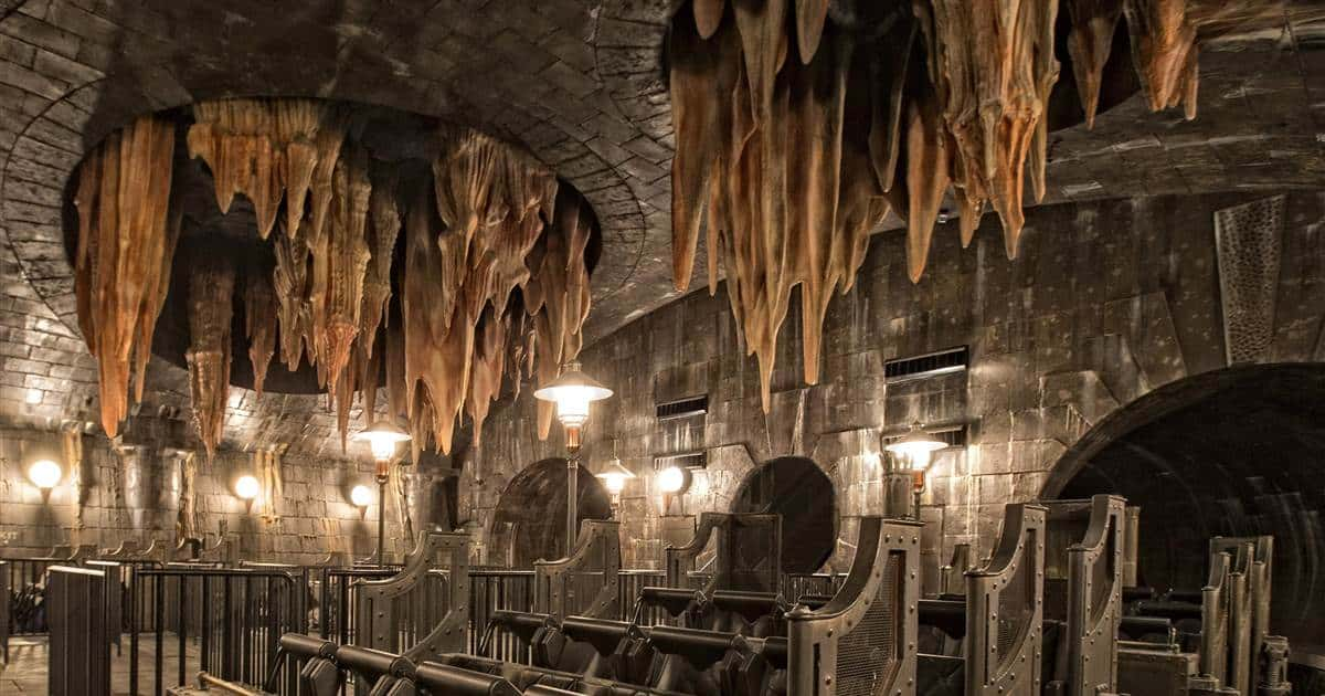 Harry Potter and the Escape from Gringotts best themed roller coasters