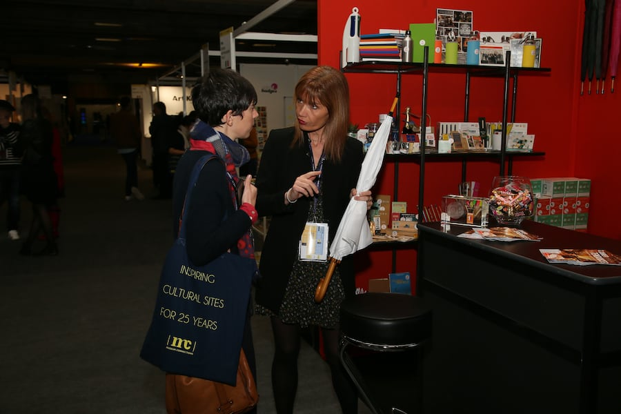 Attendees exploring new products at Museum Connections 2020