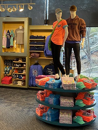 New store at Tennessee Aquarium by Event Network