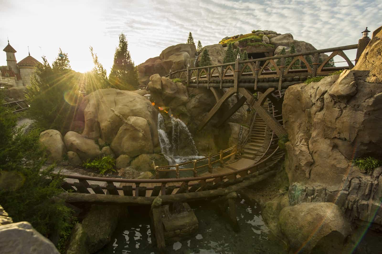 seven dwarfs mine train by vekoma best themed roller coasters blooloop