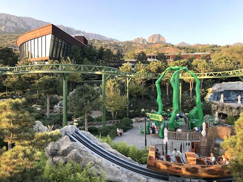 Dreamwood theme park Mriya resort view Kontiki log ride