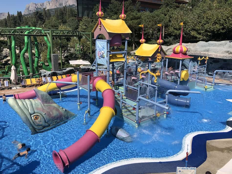Dreamwood theme park Mriya resort water playground