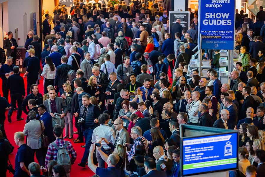 Crowd at ISE 2020