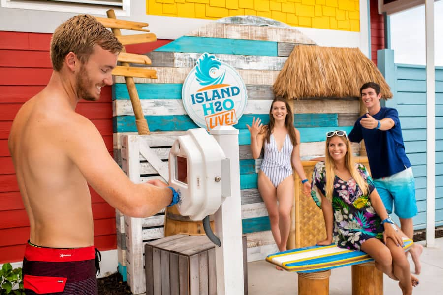 Guests interacting with the Selfie Shack at Island H2O Live
