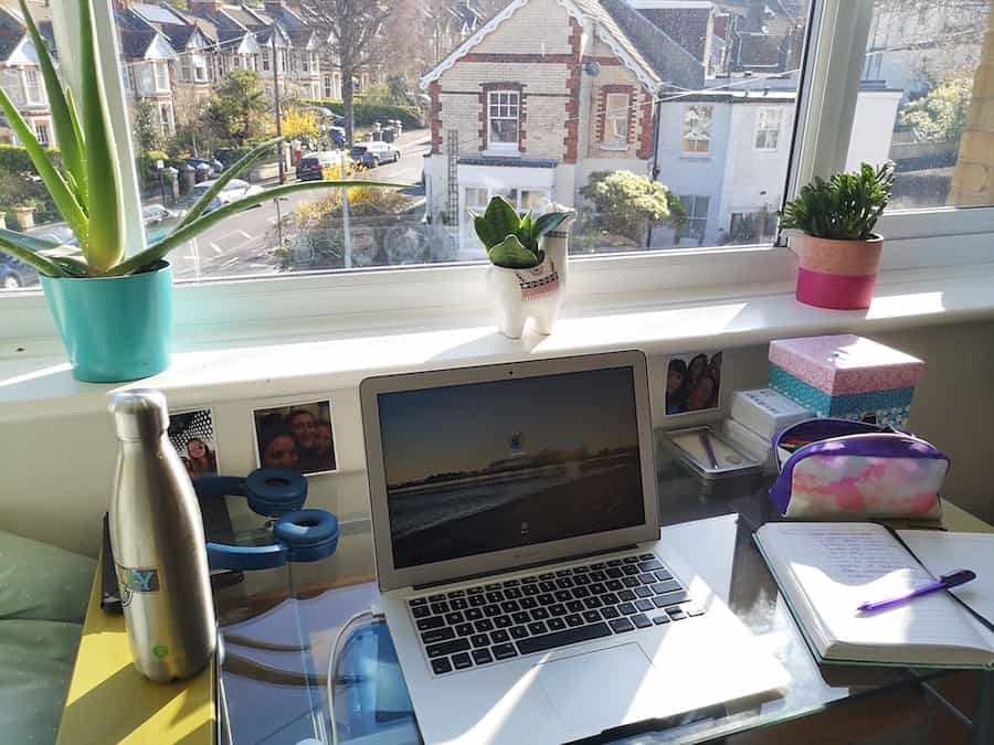 working from home self isolation