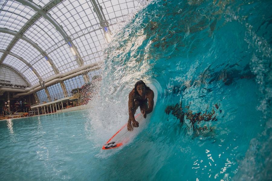 American Dream surfer