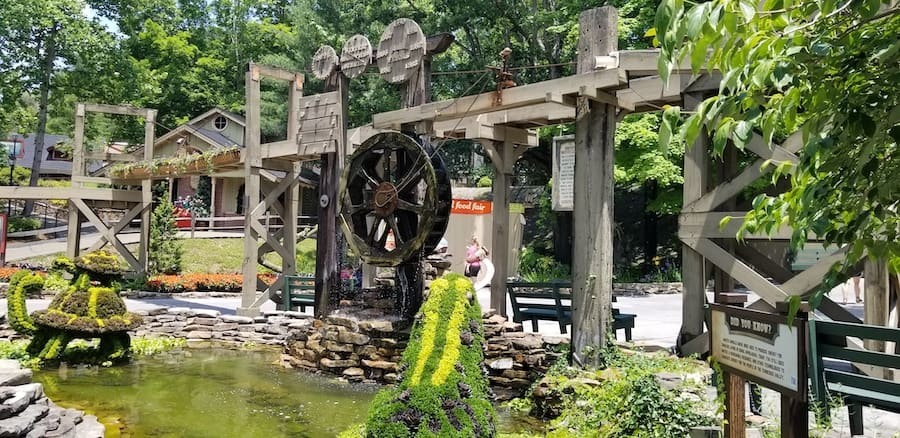 Dollywood Grist Mill