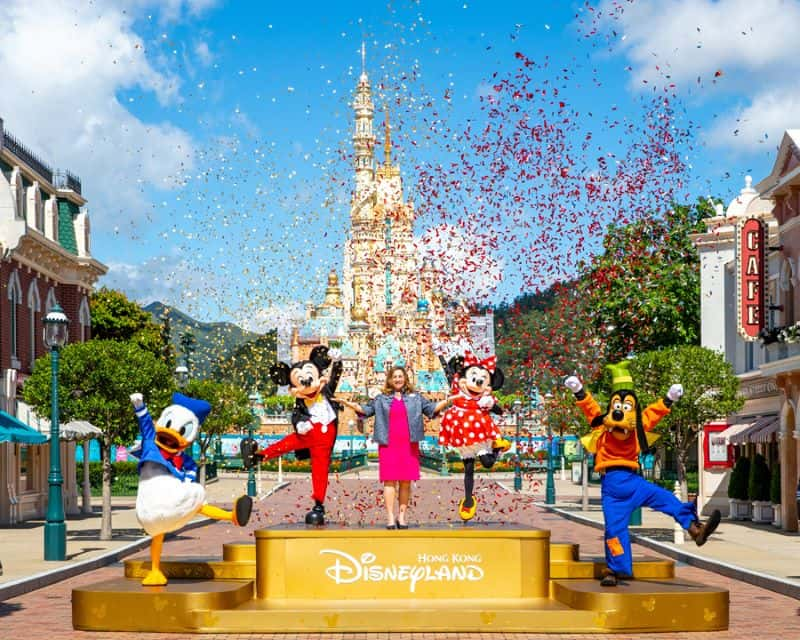 Reopening celebration Hong Kong Disneyland