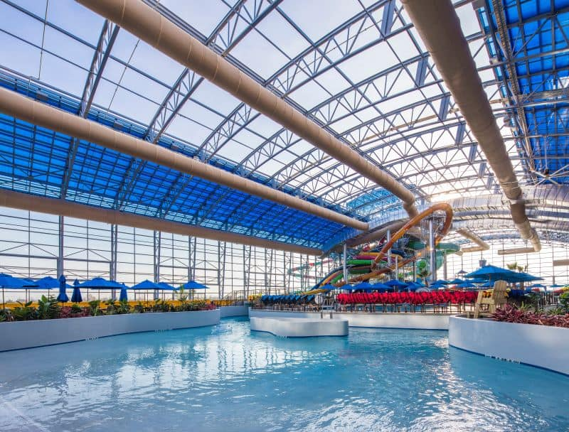 OpenAire roof over waterpark