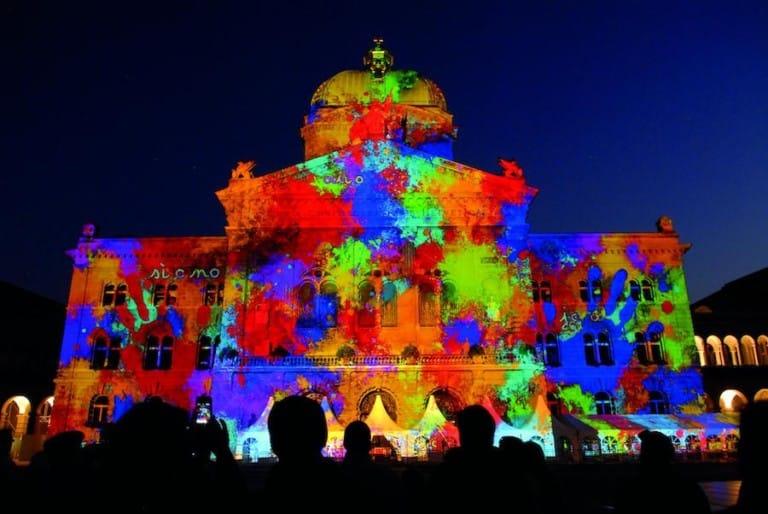 Bundesplatz Spectaculaires Barco projection