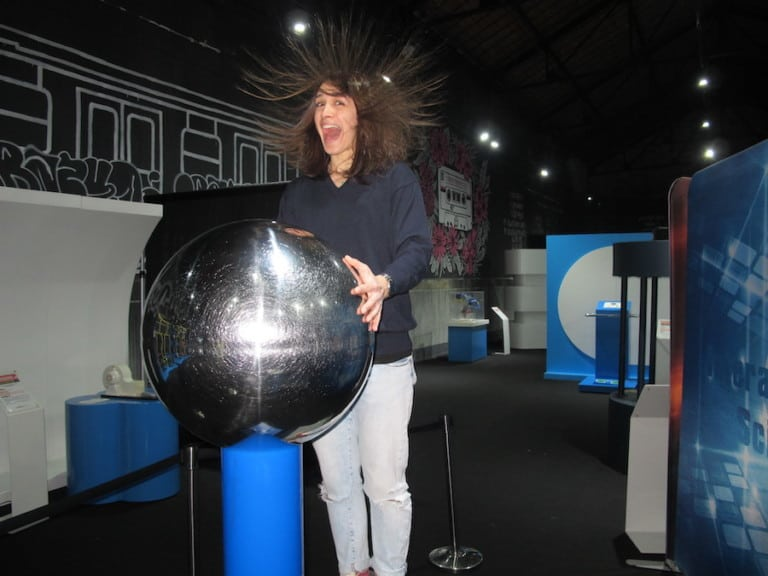 World Touring Exhibitions Interactive Science - Angry Hair
