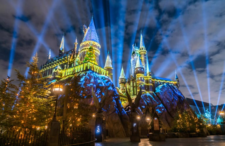 universal orlando wizarding world harry potter magical attractions