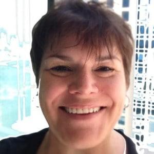 Sarah Gibbon headshot blooloop theme park influencer 2020